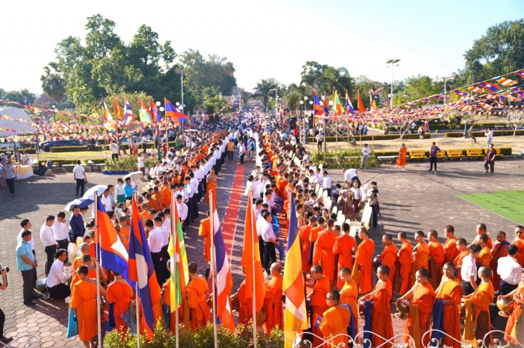 630324 อาลัย ดร.พระมหางอน ประธานสงฆ์ลาวสิ้น 8