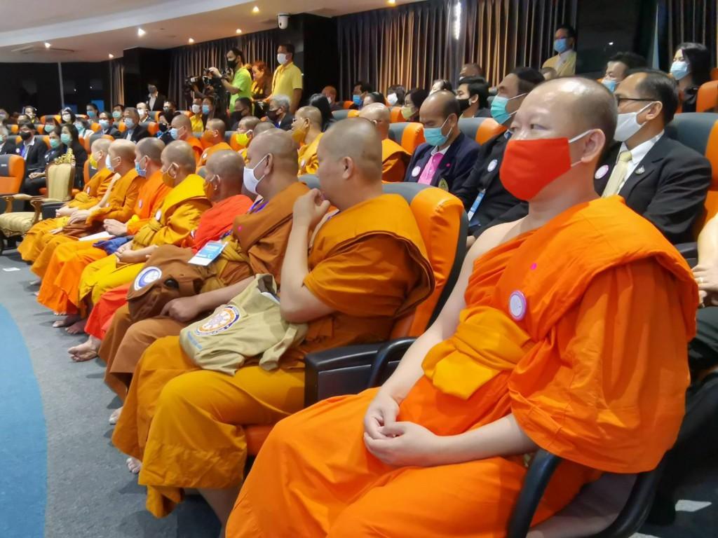 630916 อธิการบดีเปิดศูนย์ไกล่เกลี่ยพมสมานพมอนุชาร่วมงาน Ibsc 11